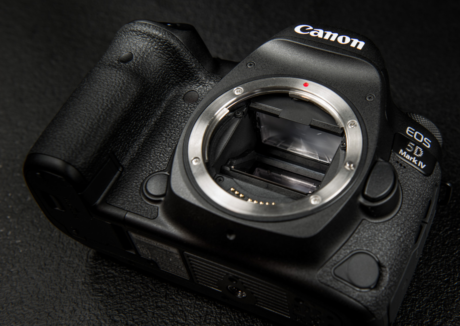 ads_5330-canon-eos-5d-mark-iv-kere