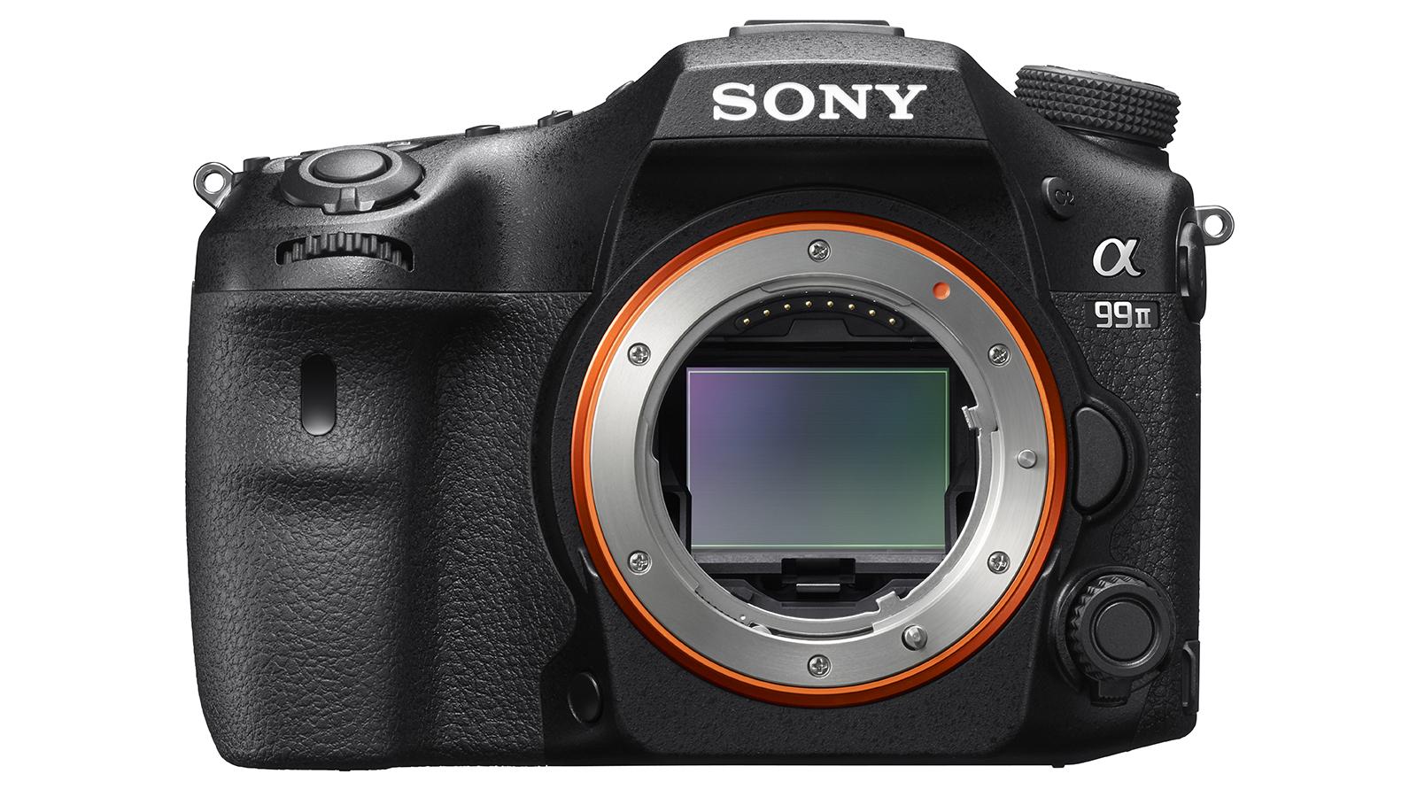 Sony a99 II on väga muljetavaldav madalates valgusoludes filmimisel