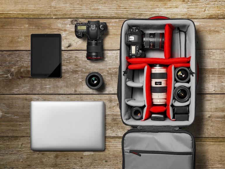 Manfrotto Pro Light Reloader 55 on fotokott neile, kes reisivad mitme kaameraga