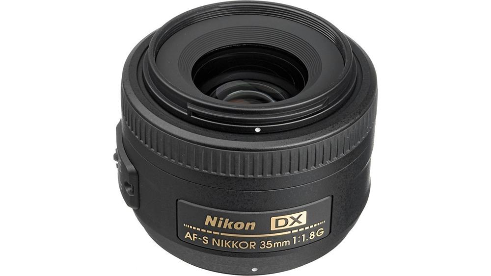 nikkor-35-18-002