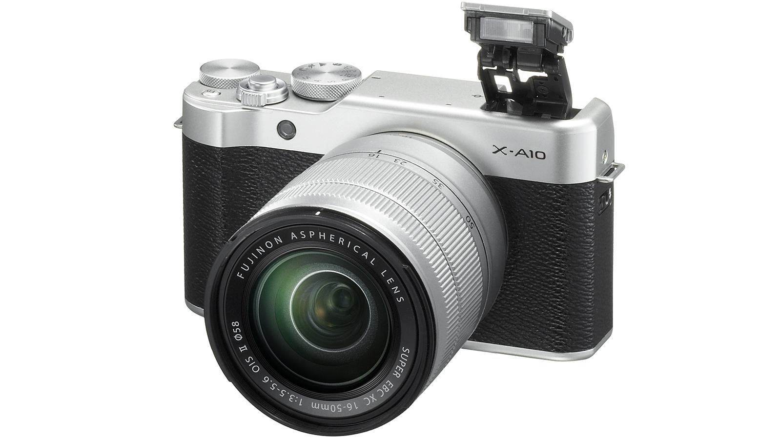 Nüüd saadaval: Fujifilm X-A10 hübriidkaamera