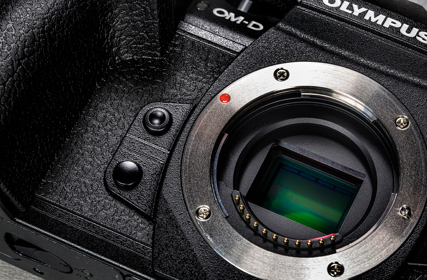 olympus-om-d-e-m-1-hybriidkaamera-photopoint-12-small