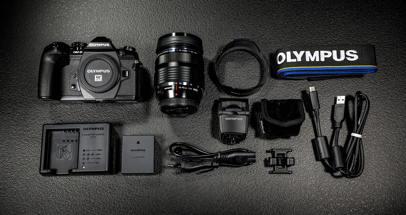 olympus-om-d-e-m-1-hybriidkaamera-photopoint-3-small