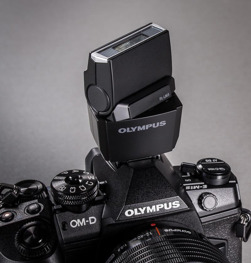 olympus-om-d-e-m-1-hybriidkaamera-photopoint-51