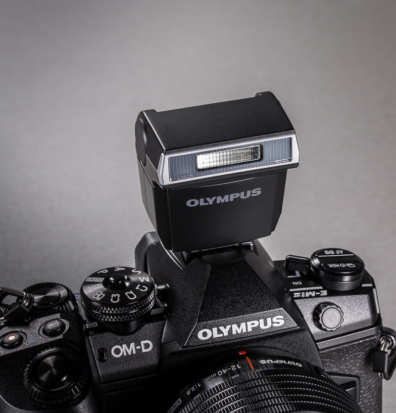 olympus-om-d-e-m-1-hybriidkaamera-photopoint-60