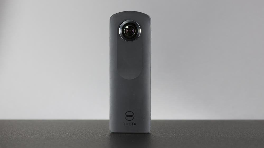 c9fabc54190 Tehnikavidinate testimise guru Erki Oras kirjutas Eesti keelseid foto- ja  digitehnika ülevaateid avaldavas veebiportaalis digitest.ee sisuka ülevaate  360º ...