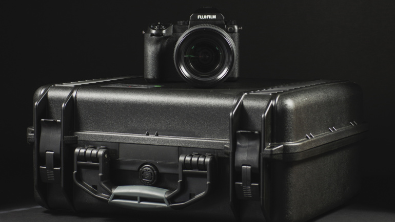 Kohvrist välja: tuliuus keskformaat hübriidkaamera Fujifilm GFX 50S