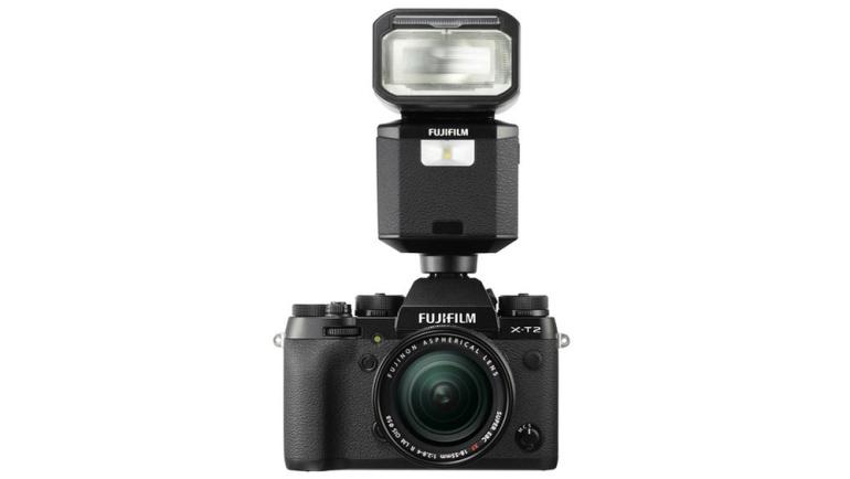 Fujifilm EF-X500 välk sai tarvarauuenduse