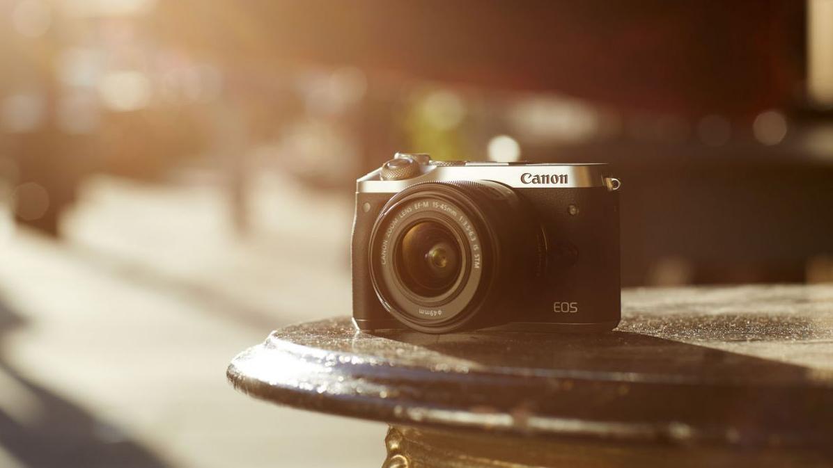 Nüüd saadaval: Canon EOS M6 hübriidkaamerad