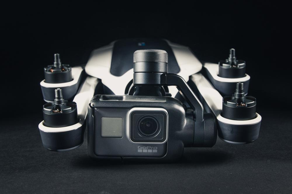 Karbist välja: GoPro Karma droon koos Hero5 Black kaameraga