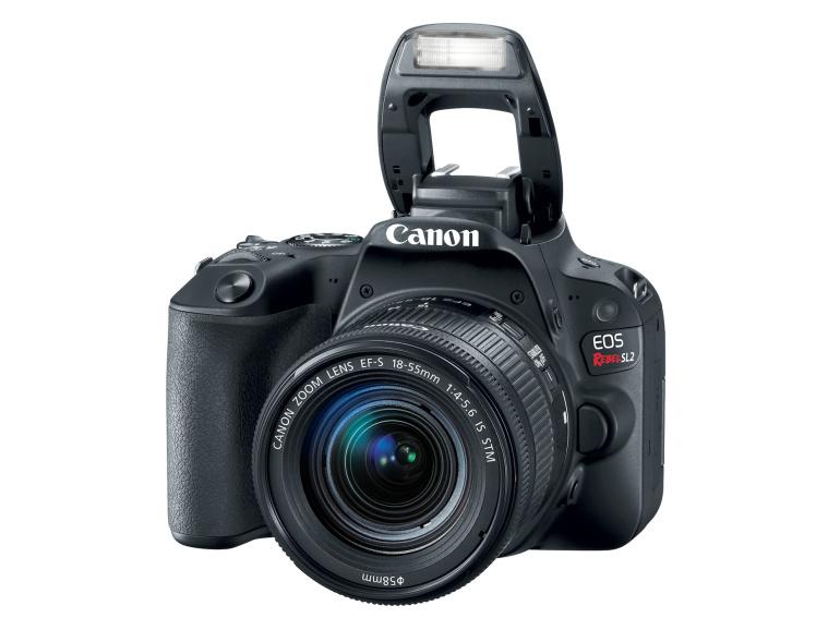Canon tutvustas algajatele suunatud EOS 200D peegelkaamerat