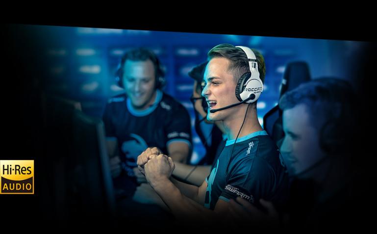 Roccat Khan Pro mänguriklapid toovad lahinguväljale HD-heli