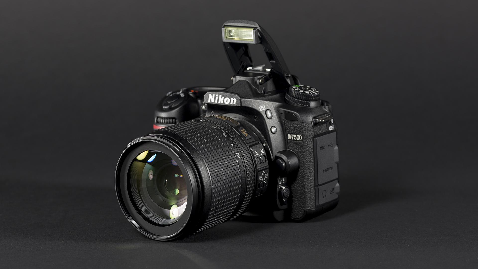 Karbist välja: Nikon D7500 peegelkaamera