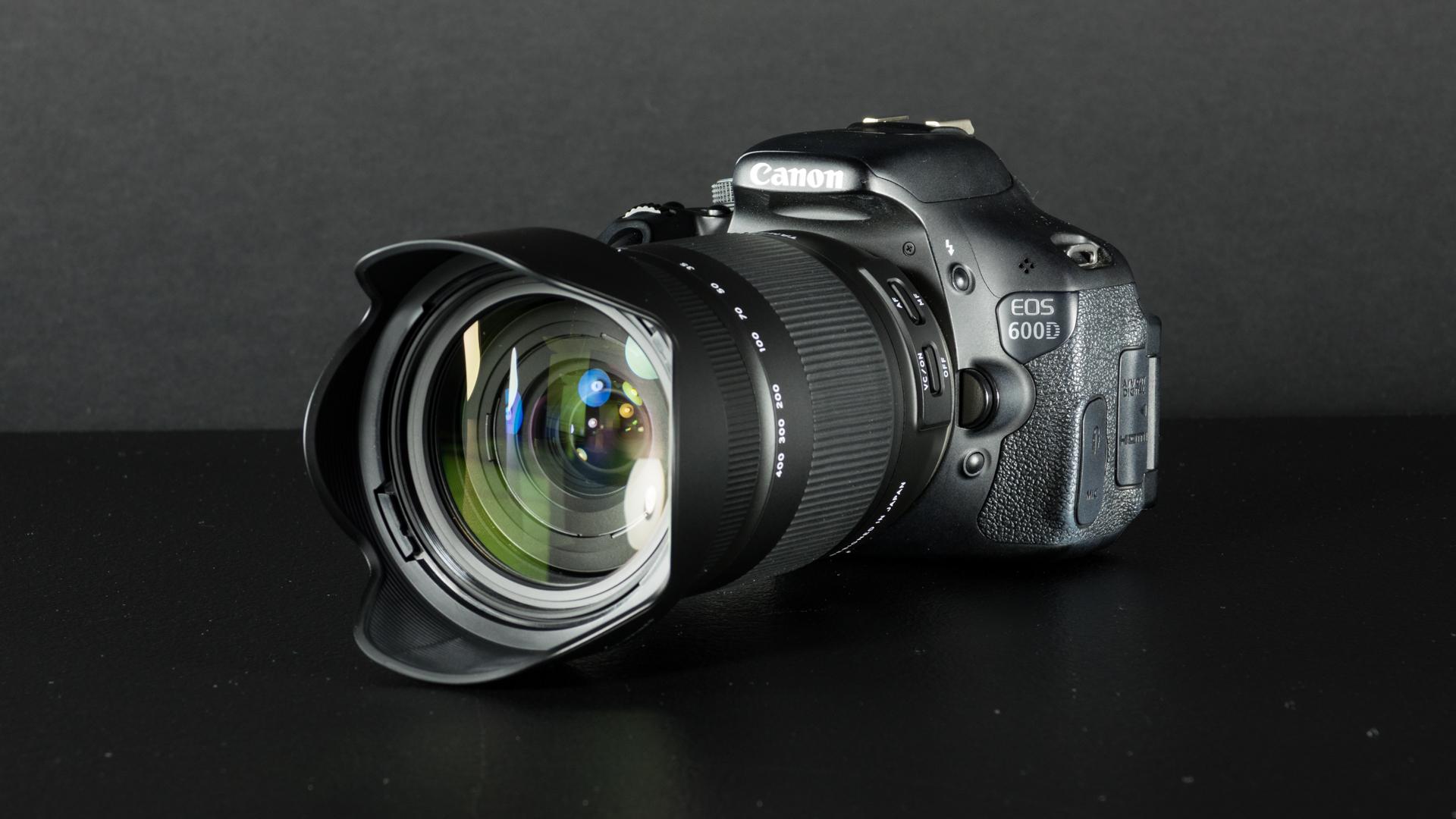 Karbist välja: Tamroni 22,2× suumiga 18-400mm f/3.5-6.3 Di II VC HLD objektiiv