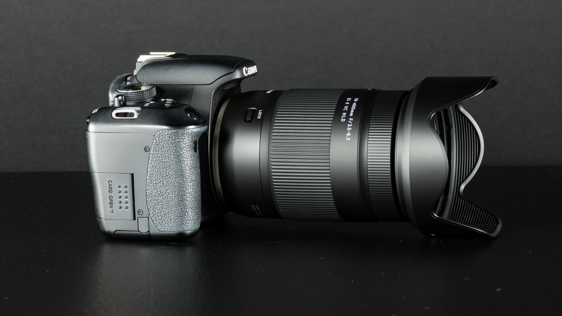 Tohutu 22,2× suumiga Tamron 18-400mm objektiiv nüüd sooduskomplektis populaarsete Canon ja Nikon peegelkaameratega