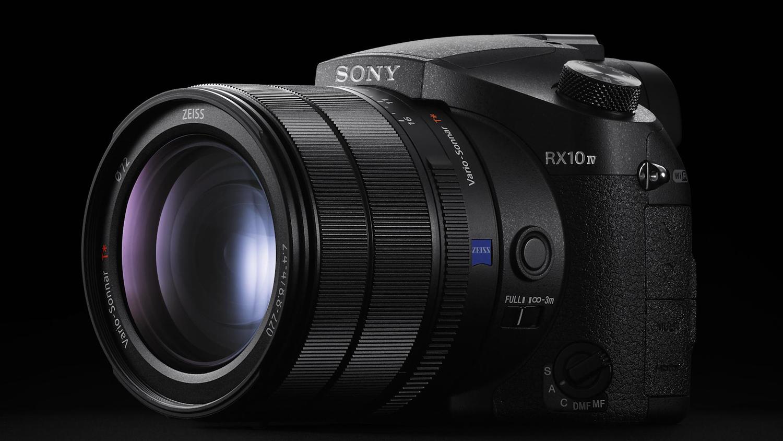 Nüüd saadaval: Sony DSC-RX10 IV kompaktkaamera