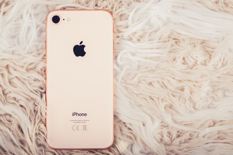 Piltilus Apple iPhone 8 on saadaval lõpumüügi hinnaga