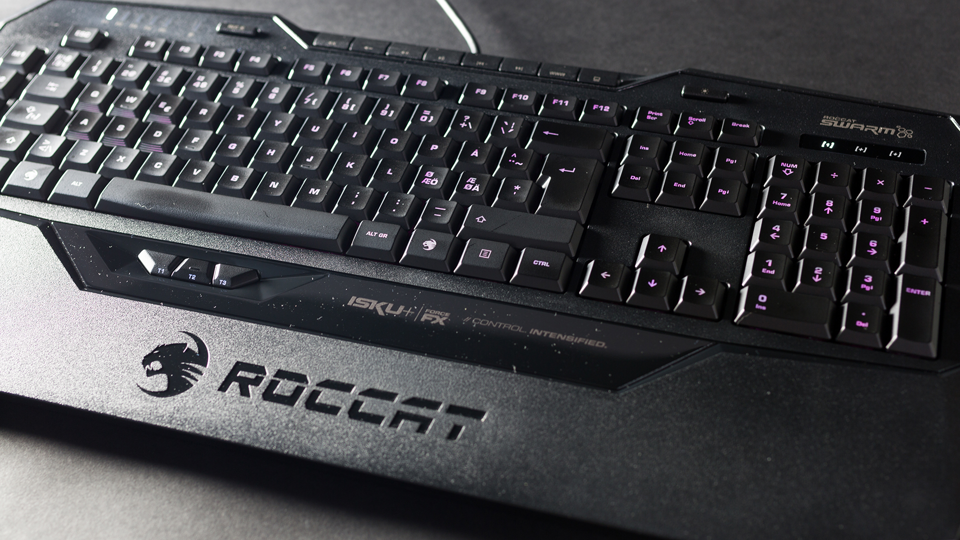 Roccat Isku+ Force FX