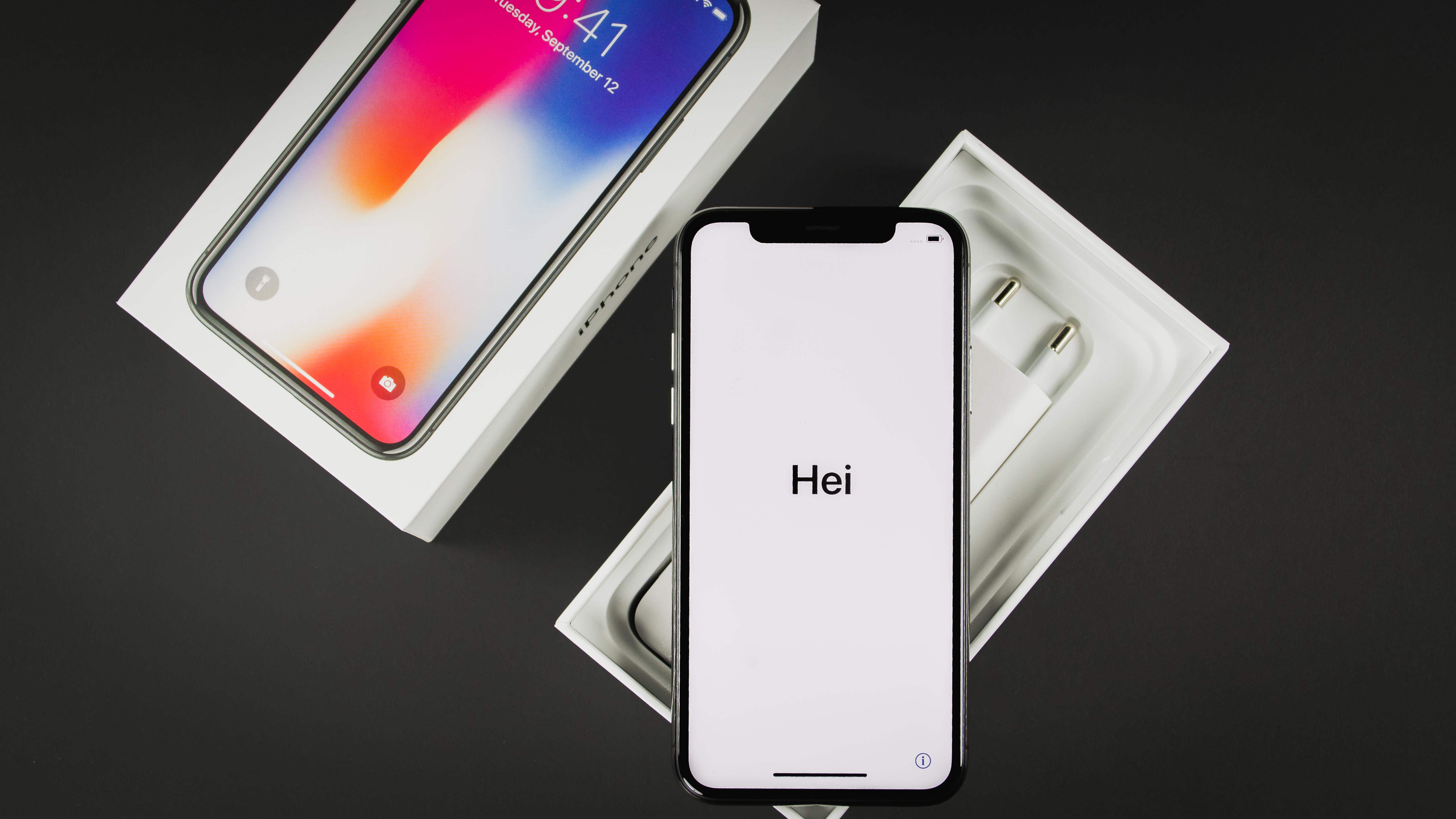 Nüüd saadaval: Apple iPhone X nutitelefonid