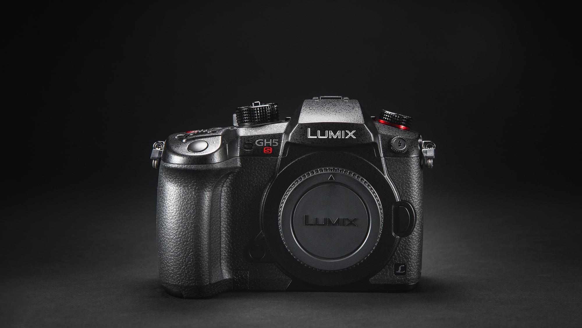 Karbist välja: Panasonic Lumix GH5S hübriidkaamera