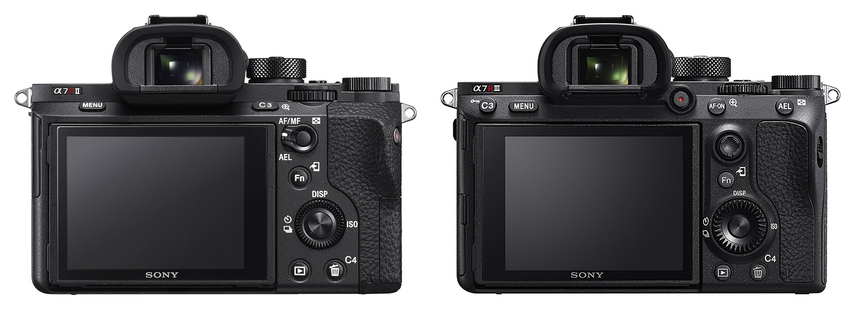 d07dbd9c45f Vaatame üle tagaküljel olevad nupud. Ja selleks, et asju perspektiivi  panna, võtame võrdluseks kõrvale aste vanema A7R Mark II kaamera (vasakul).