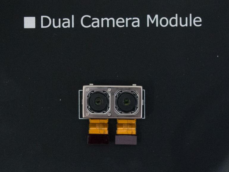 Sonyl on arenduses kahe kaameraga süsteem nutitelefonidele, mis lubab kõrgeid ISO tundlikkusi