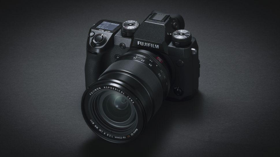 Nüüd saadaval: Fujifilm X-H1 hübriidkaamera
