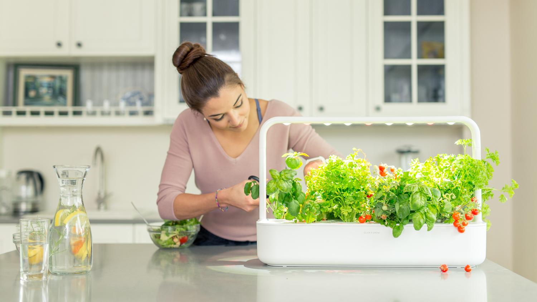 Potipõllundus nutikaks - uus Click & Grow Smart Garden 9 on kohal