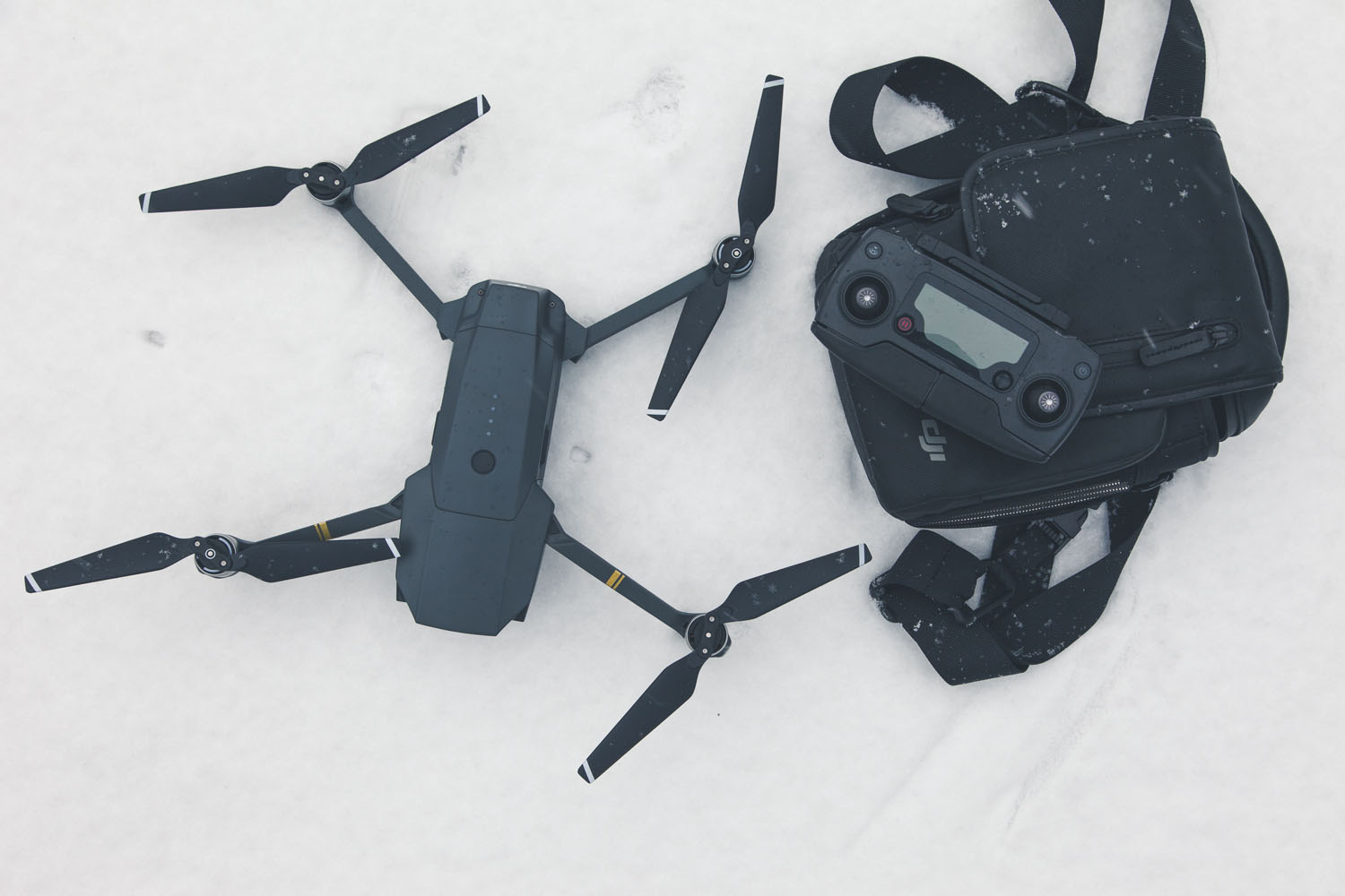 dji-mavic-air-droon-vaiklad-photopoint_4
