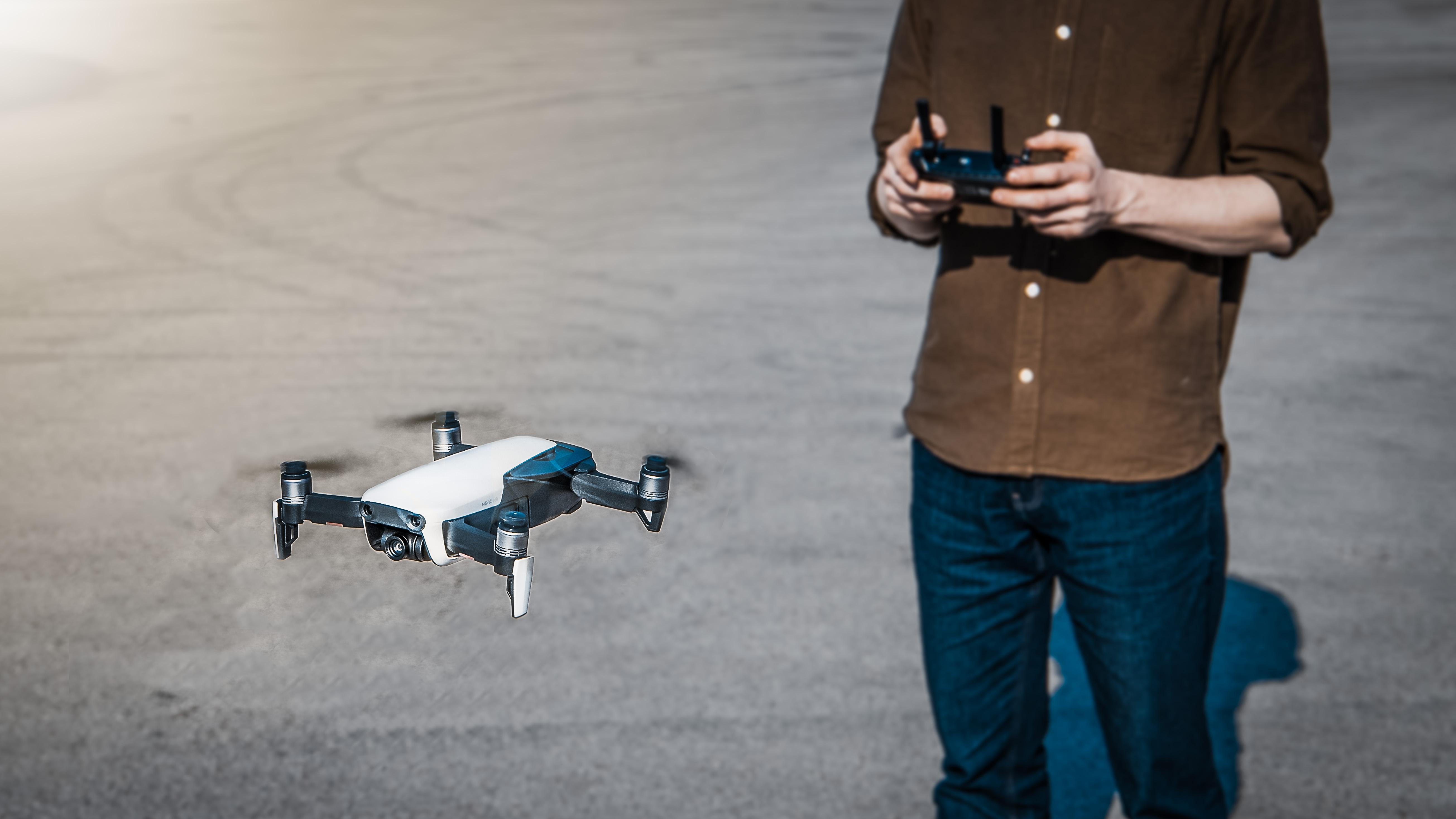 Karbist välja: DJI Mavic Air droon