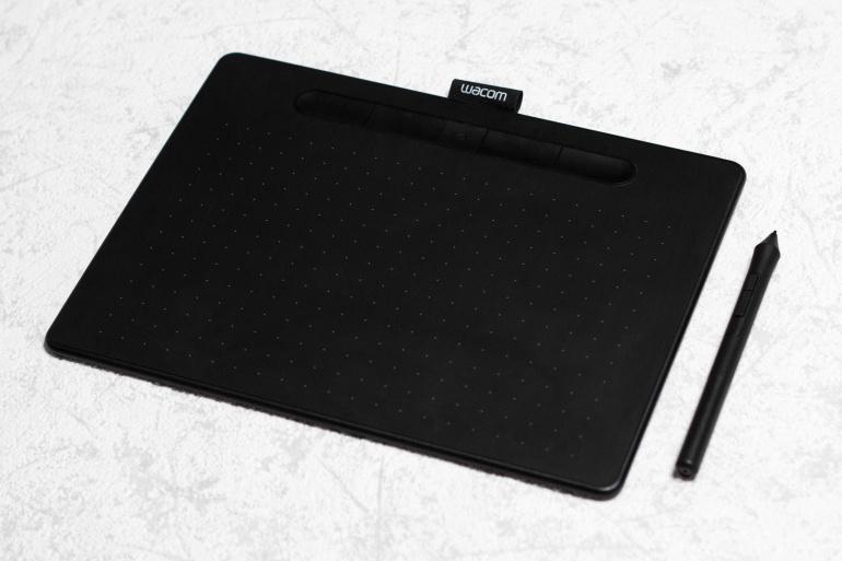 Wacom Intuos M - taskukohane ent kvaliteetne graafikalaud joonistamiseks või fototöötluseks