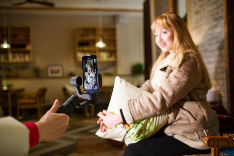 Photopoint soovitab: FeiyuTech Vimble 2 on soodne videostabilisaator nutitelefonile