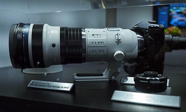 Olympus on valmistamas integreeritud telekonverteriga 150-400mm f/4.5 objektiivi