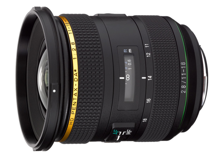 Uus Pentax DA★ 11-18mm f/2.8...