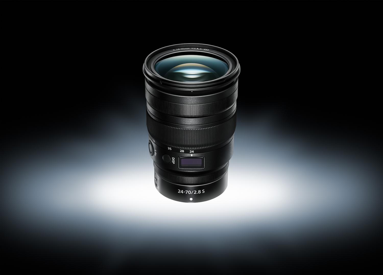 Nikon esitleb 24-70mm f2.8 profiobjektiivi hübriidkaameratele