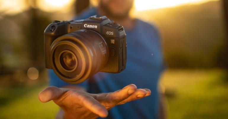 Uus Canon EOS RP täiskaader hübriidkaamera on juba kohal!