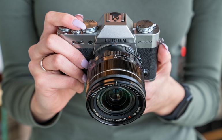 Fujifilm X-T30 hübriidkaamera on müügil talvise soodushinnaga