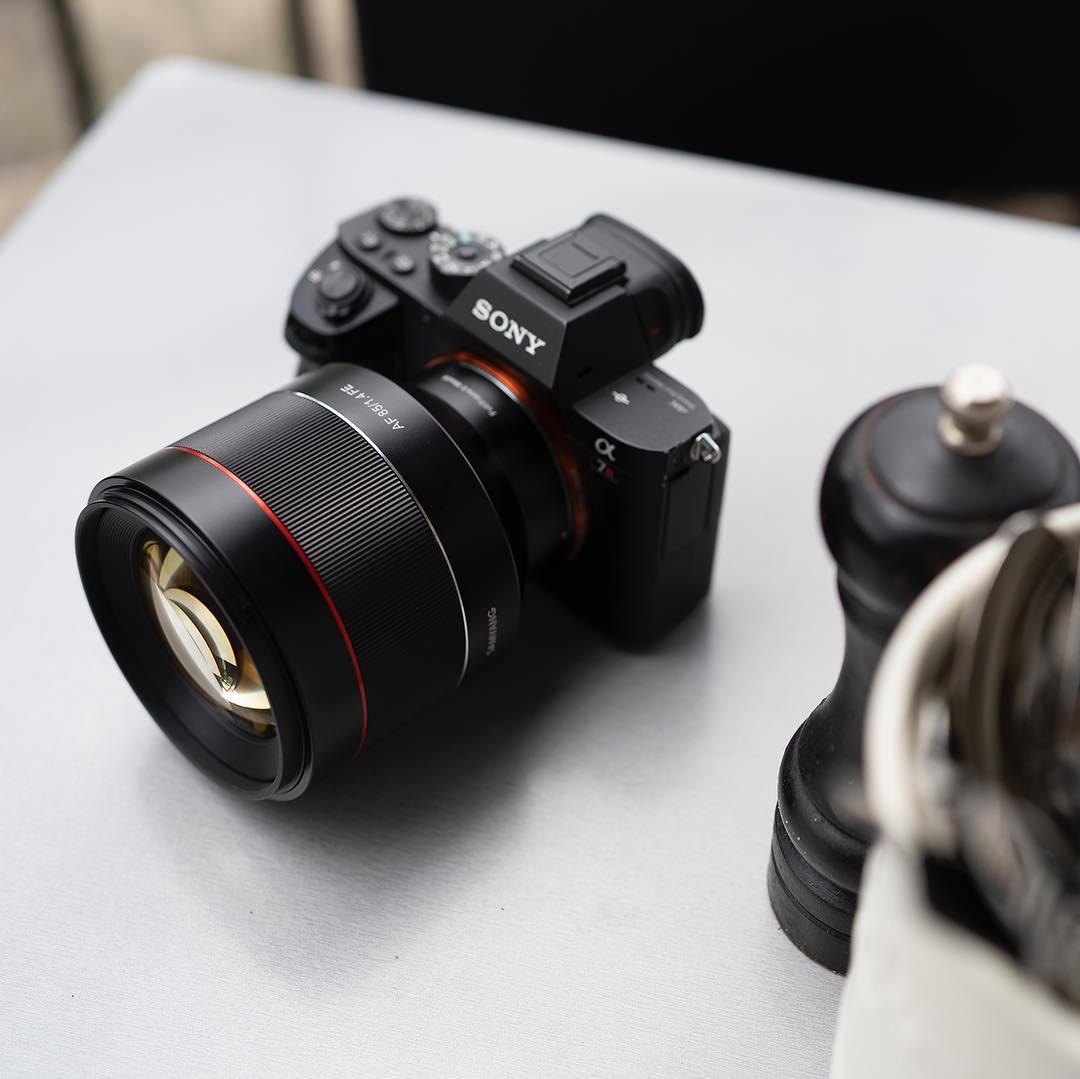 Samyang AF 85mm