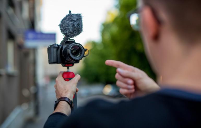 Ideaalne alustava youtuberi stardipakett: Canon EOS 250D Youtuber Kit