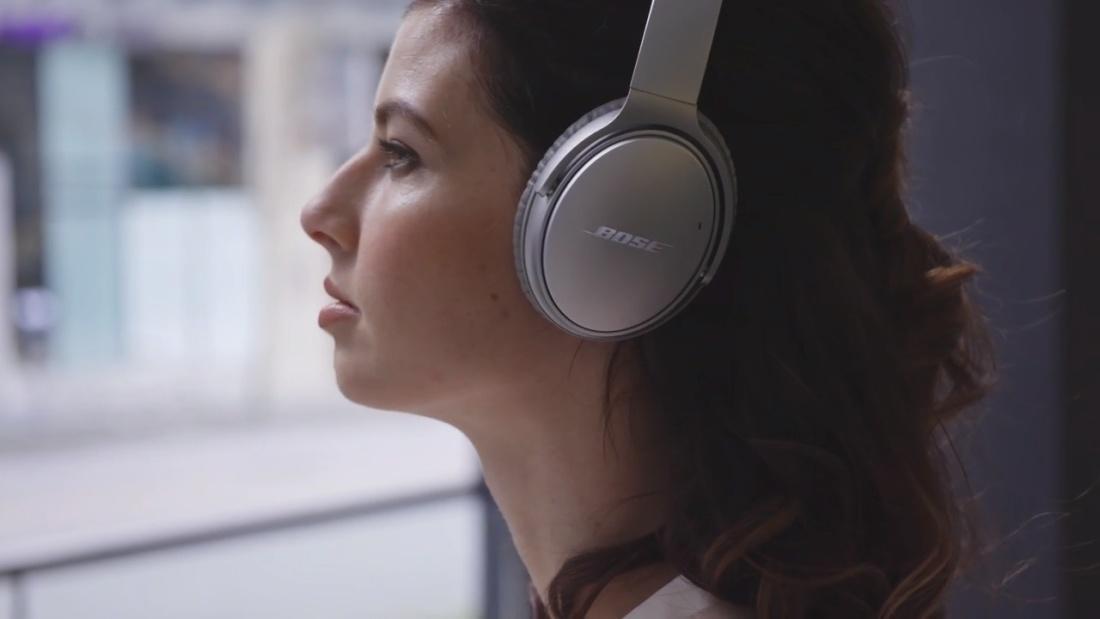 Bose juhtmevabad kõrvaklapid + mikrofon QuietComfort 35 II,