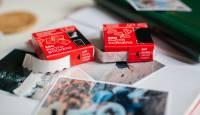 Victoria Collection fotokleepsud ja fotonurgad muudavad paberfotode kinnitamise mugavaks
