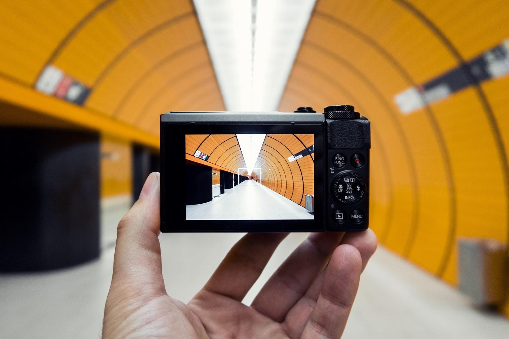 Canon kompaktkaamerad