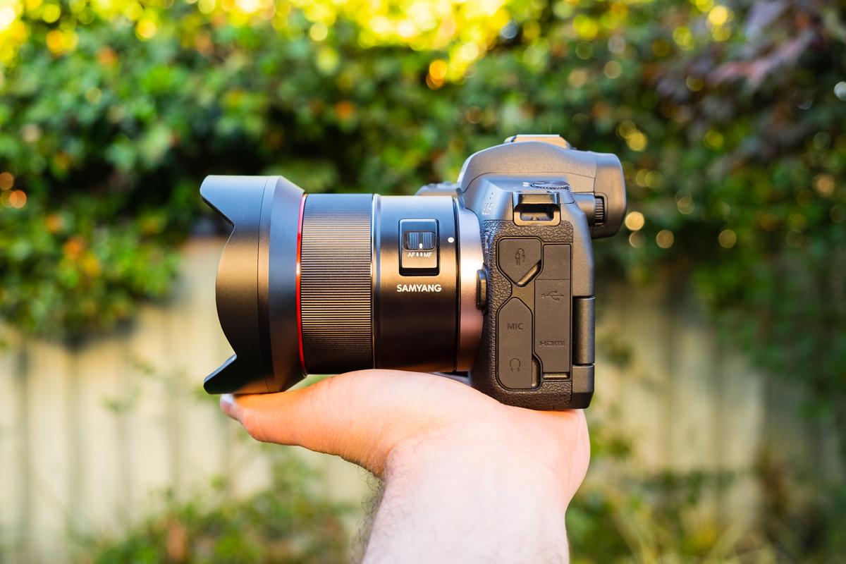 Samyang AF 14mm RF