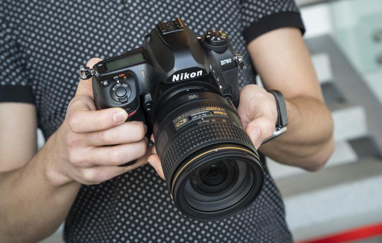 Karbist välja: Nikon D780 peegelkaamera