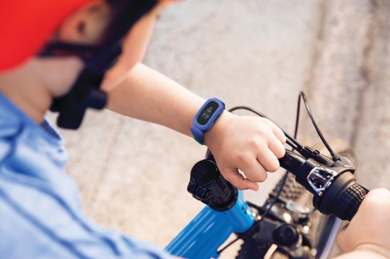 Lastele mõeldud Fitbit Ace 3 aktiivsusmonitor on nüüd saadaval