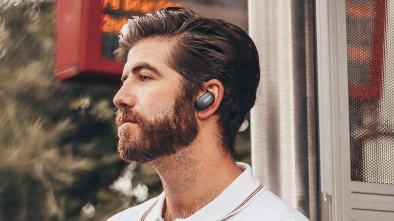 Need 3 paari mürasummutusega Bose juhtmevabasid kõrvaklappe on kevadhinnaga