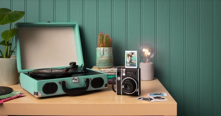 Fujifilm Instax Mini 40 on uus ja stiilne kiirpildikaamera