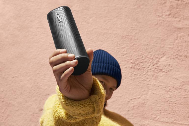Rikkaliku helikvaliteediga uus Sonos Roam nutikõlar on nüüd müügil