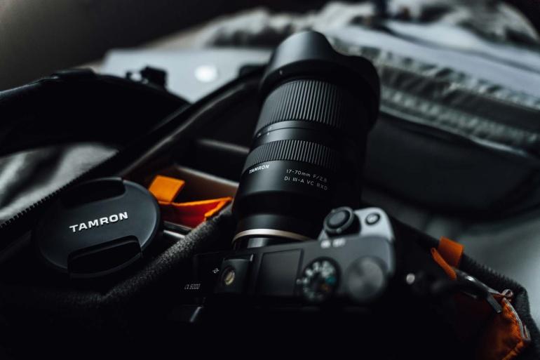 Tamron 17-70mm f/2.8 Di III-A RXD on objektiiv, mis võib kiirelt meeldima hakata