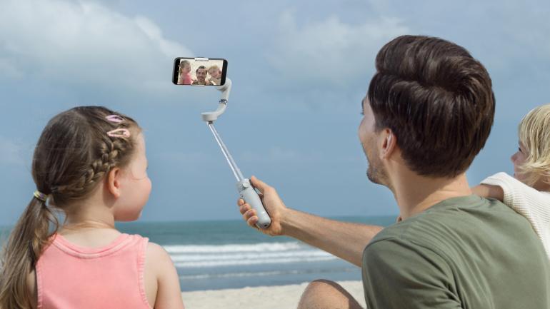 DJI OM 5 stabilisaator aitab loovuse nutitelefoniga videole püüda värinavabalt